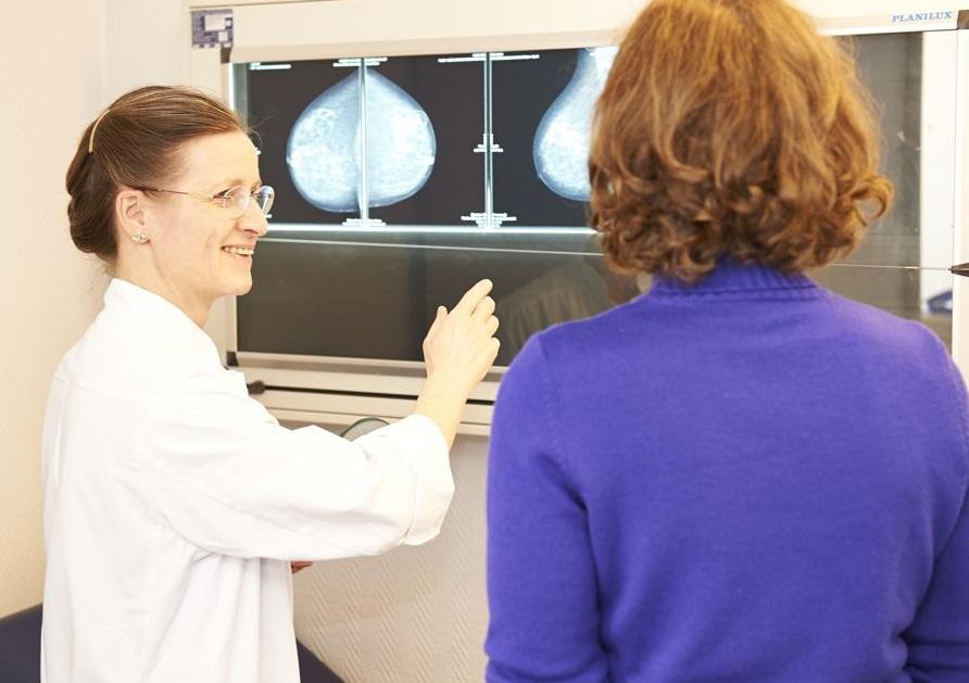 Frauenklinik-BK-Breast-Nurse